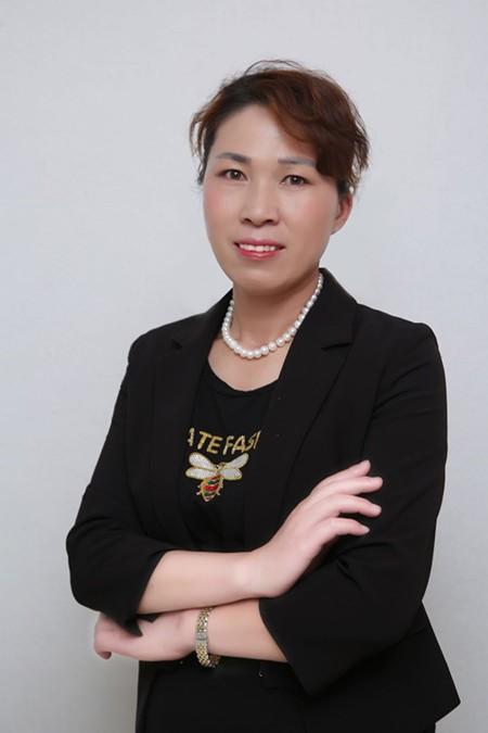 中国知名纹绣师郡妆国际王余蕊