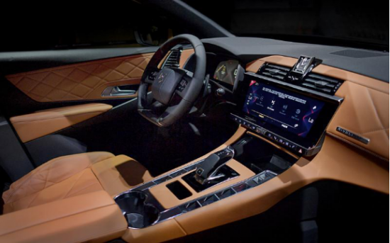 「DS7鉴赏」法式豪华SUV 给你更高端的出行生活