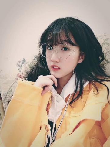 歌手陈芊羽发行原创单曲《鹿过》获关注
