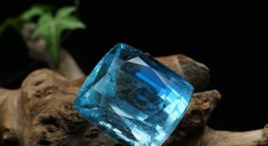菜百首饰珠宝情报局  海蓝宝石:我愿做你的守护石