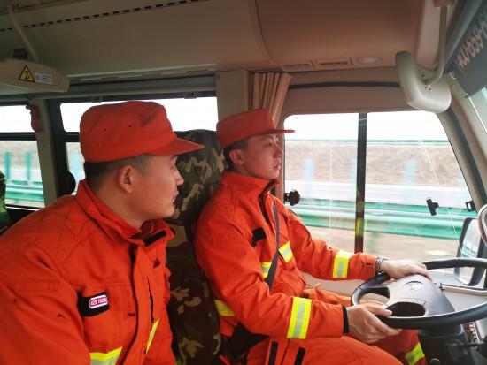 松花湖森林消防大队多措并举确保机动途中安全稳定