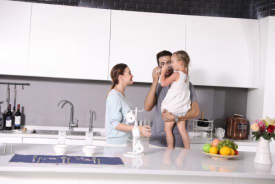净水器哪个牌子好?这个牌子的母婴净水器排名第一!