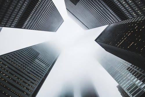 裕吉国际:肩负金融新使命,紧跟时代争创新辉煌