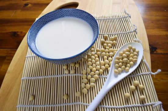 豆本豆有机豆奶:一颗黄豆的艺术之旅