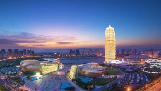少数民族运动会夜景为郑州打造特色新名片