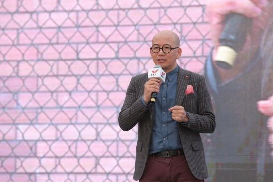 知名主持沈颂泉现场助阵为自闭症儿童送安全公益活动