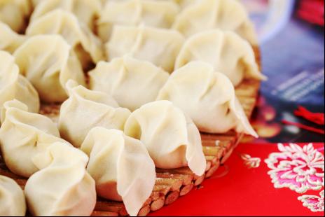 吃金锣火腿肠味的水饺,过不一样的春节!