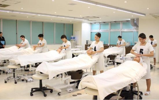东京皮肤管理品牌REVIVE正式引入中国