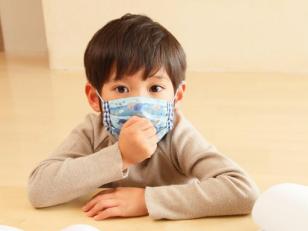 孩子到了晚上就咳嗽,一到白天就变好,怎么回事?