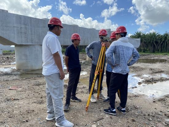 鹤港二期项目开展新入职技术员工业务知识培训