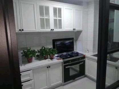令人心动的半开放式厨房,也是我和家人的纽带