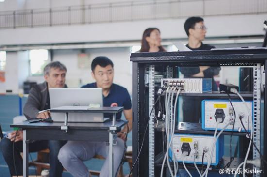 """竞技体育,科技先行——上海体育学院活动技术钻研中间撑杆跳高""""活动科技助力""""名目"""
