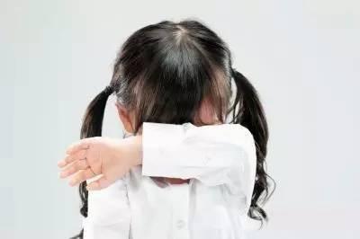 幼儿园大班小朋友不听话怎么办,巴小象课堂【