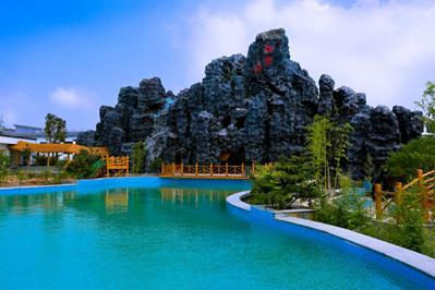 山东适合全家泡温泉的景区,首选揽翠湖